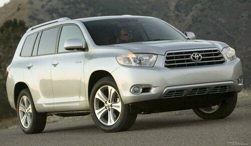 Toyota Highlander удивит внешним видом