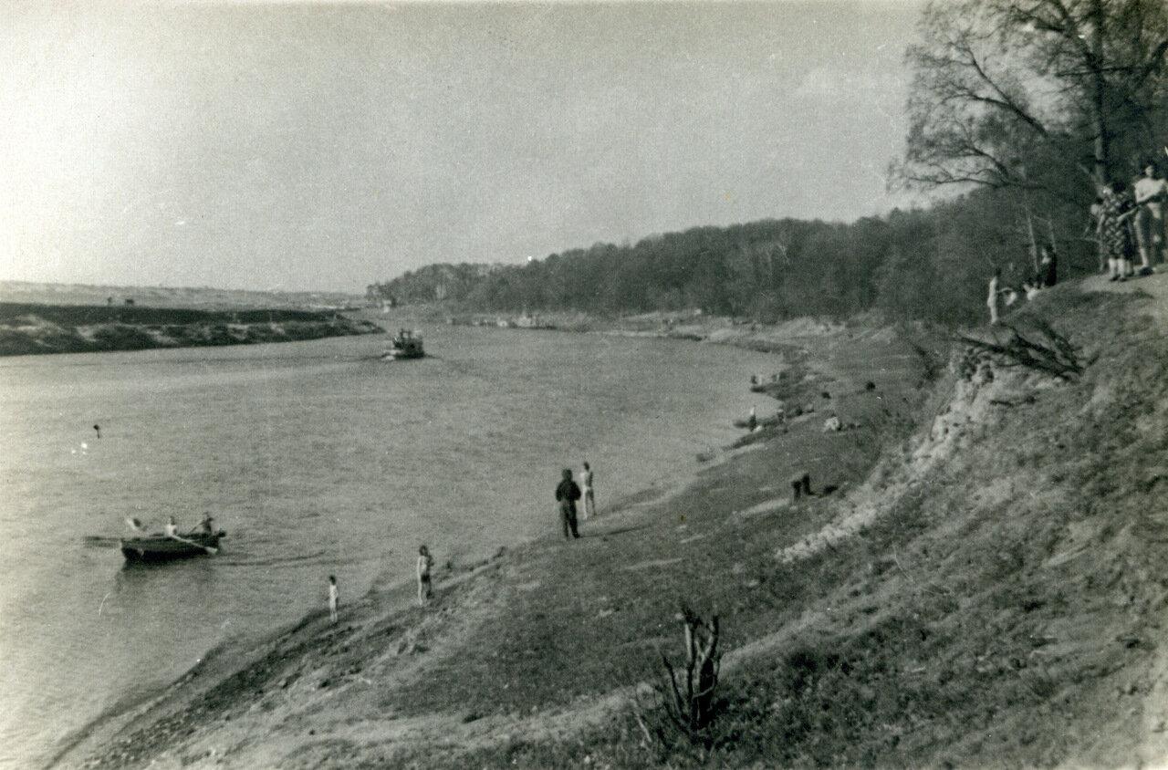 1940. Москва-река