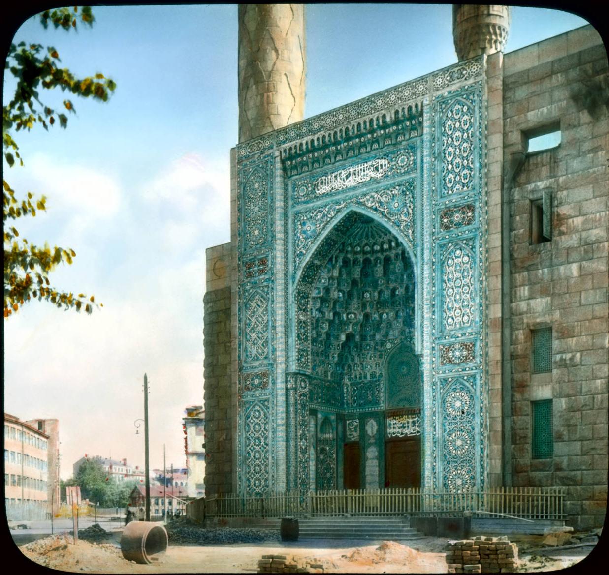 Санкт-Петербург. Вход в мечеть