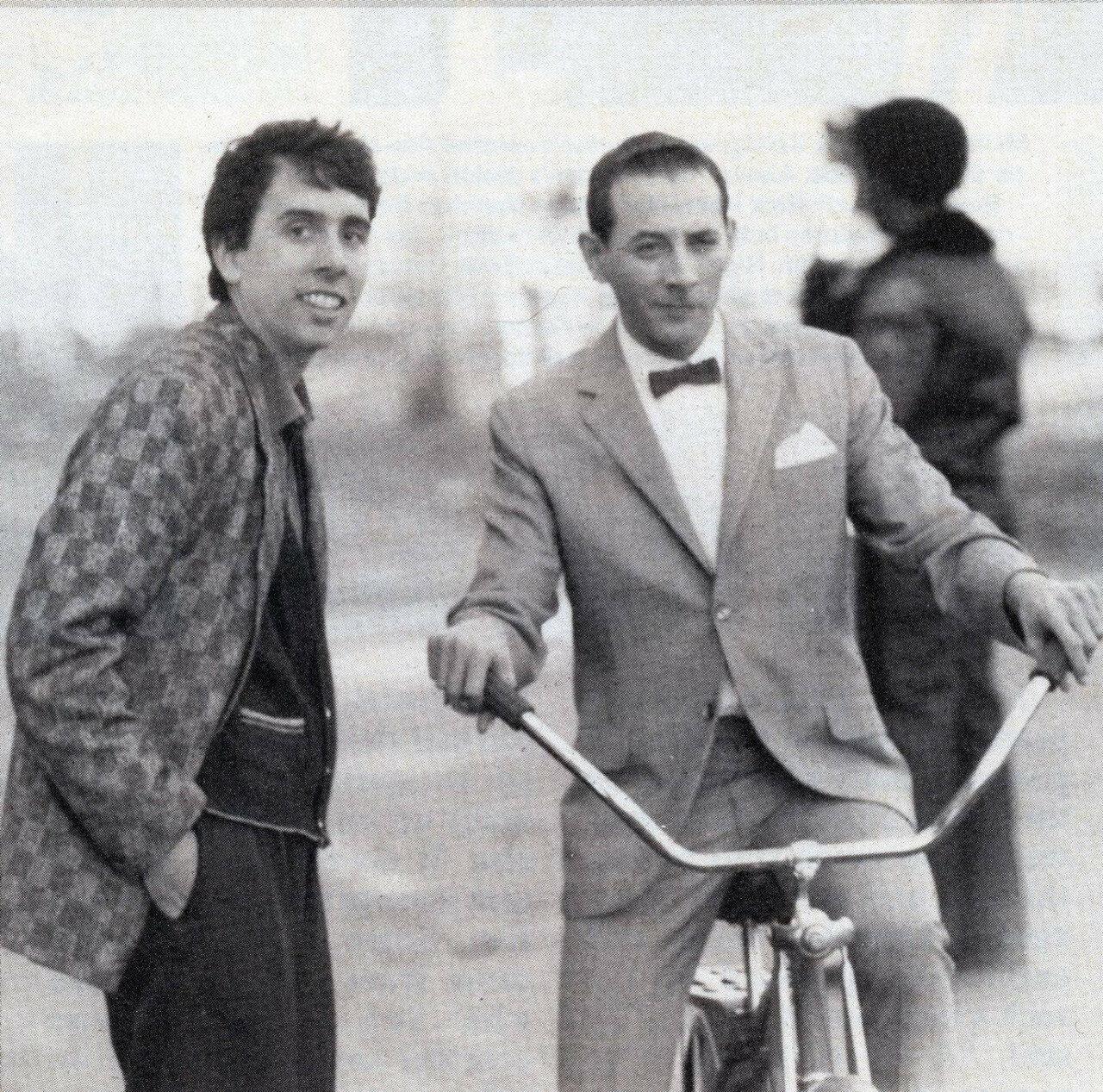 1985. Тим Бёртон и Пол Рубенс на съемках фильма «Большое приключение Пи-Ви»