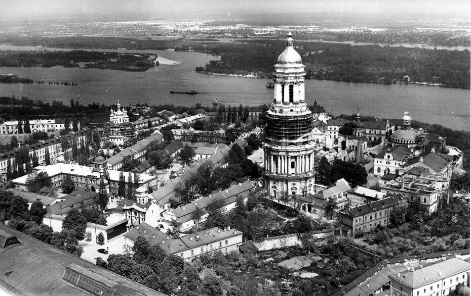 1959. Общая панорама Лавры и вид на левый берег
