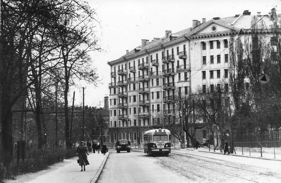 1957. Улица Кирова (теперь улица Грушевского)