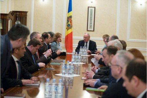 Тимофти провел встречу с послами европейских государств