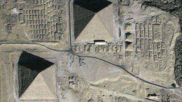 Как выглядят древние руины из космоса