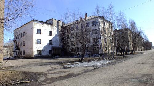 Фото города Инта №4195  Северо-западный угол Мира 8 (бывший