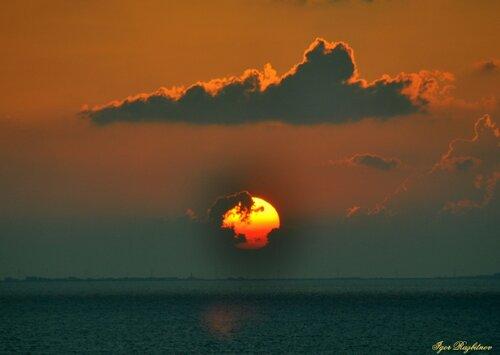 Порт Саид. Тревожный закат.