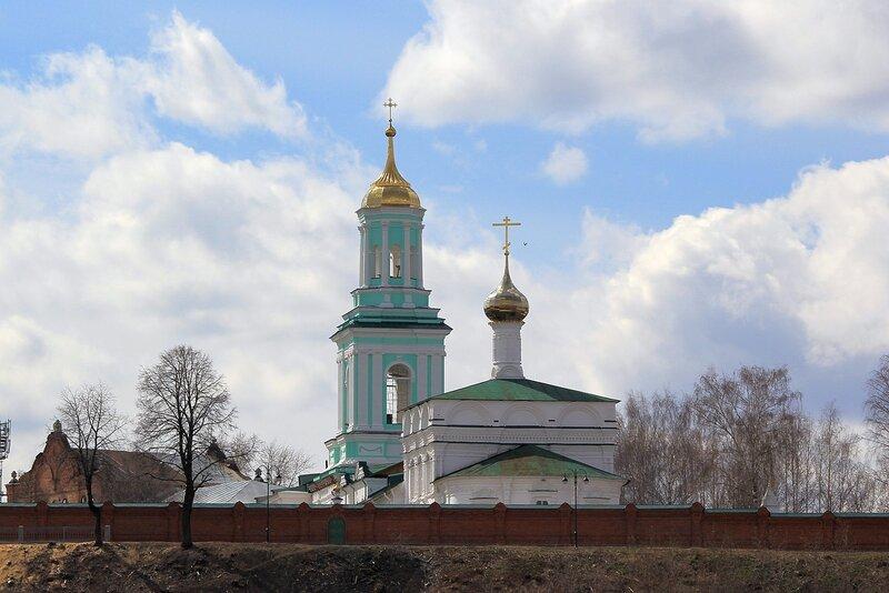 Церковь Преображения (вид с реки)