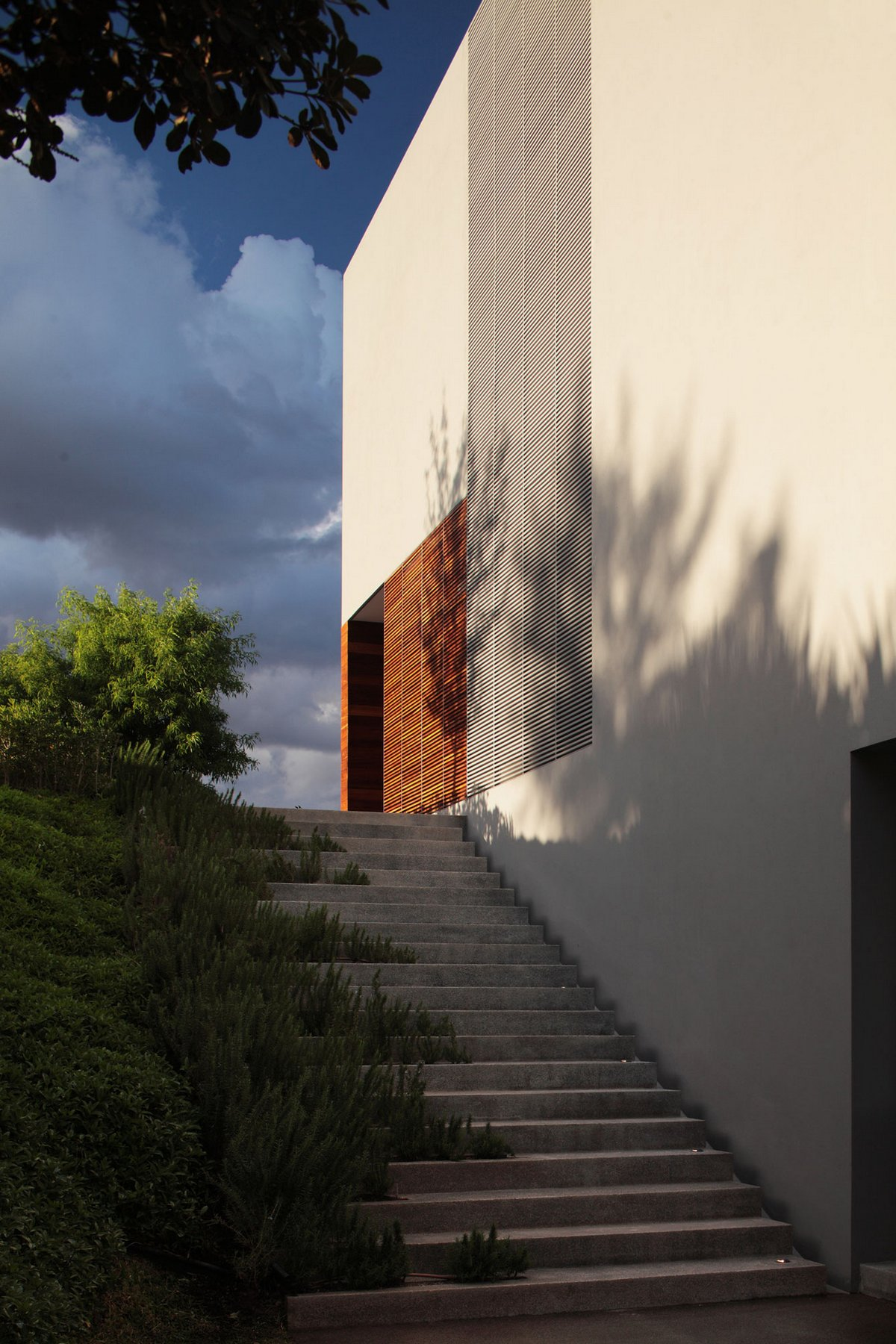 особняки в Мексике, Alexanderson Arquitectos, IC House, терраса на крыше дома, дома в Мексике, обзоры частных домов, обзоры особняков, двор внутри дома