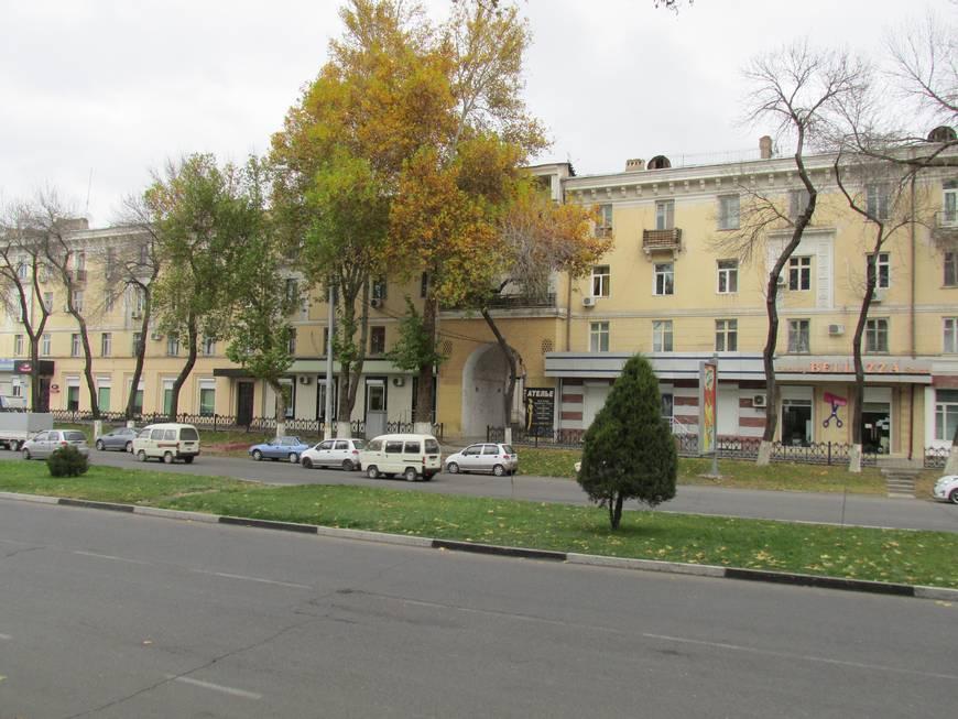 сталинские дома на улице бабура 9.JPG