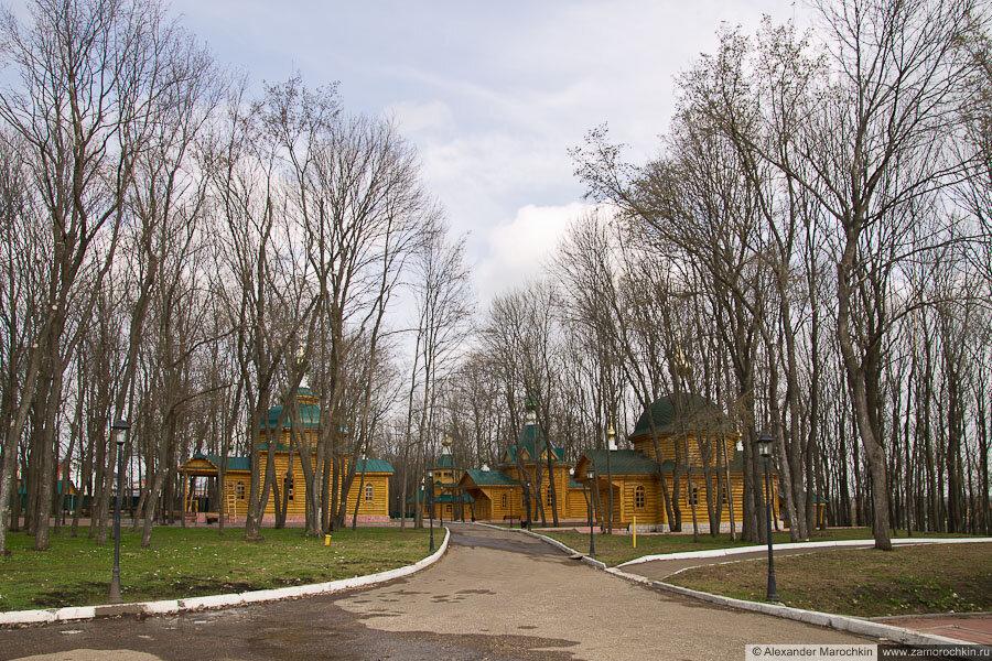 Деревянные церкви. Ближний скит Макаровского монастыря Саранск