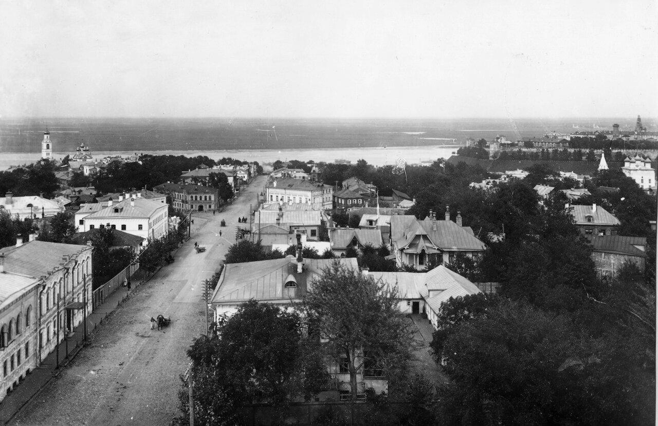 Ильинская улица с колокольни Вознесенской церкви. 1911 год