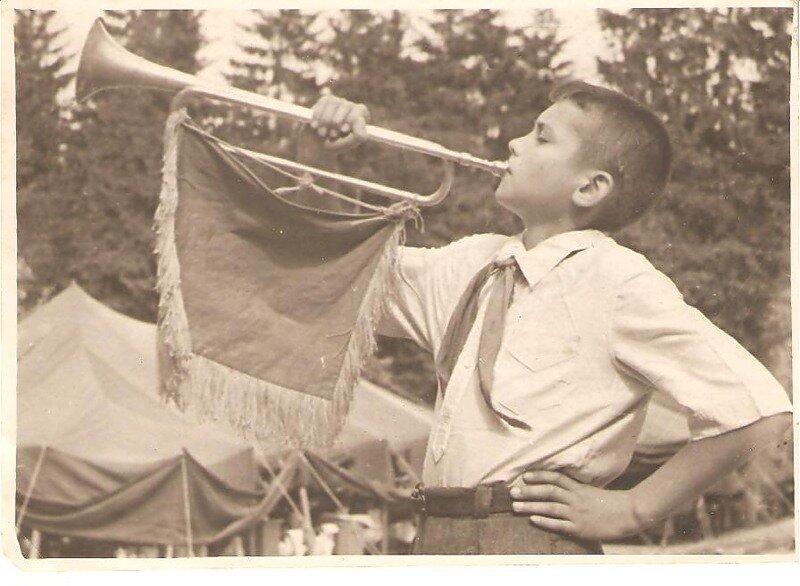 фото пионерок как их чикают