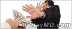 В Бельцах офицер полиции отказался от взятки в 1 000$