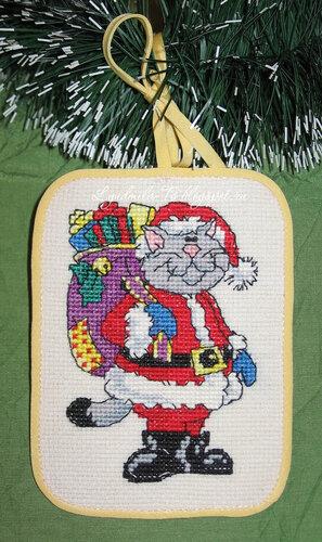 Рождественские коты (Dimensions), Рождественские коты, Dimensions, елочные игрушки, елочные украшения, игрушки на елку своими руками, новогодние котики, новогодние коты, кот с подарками, кот Санта, Кот играется, кот с мышкой поют, кот на коньках, кот в сапогах, кот с мешком подарков, серый кот