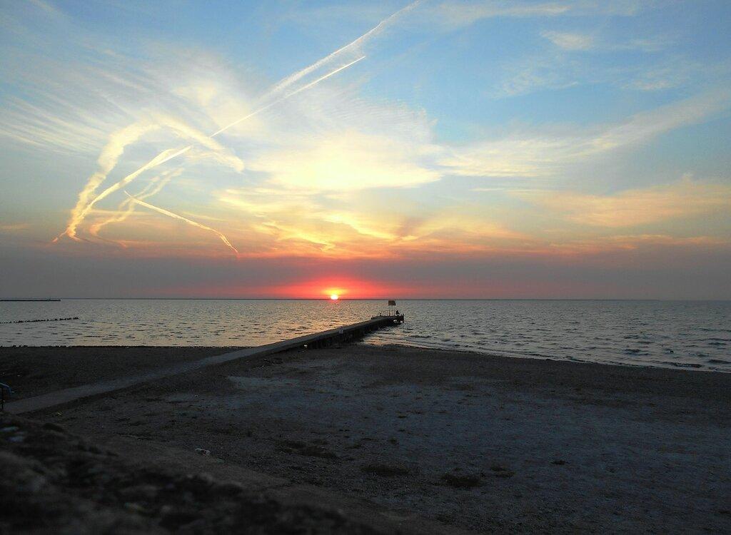 У моря, на закате ... DSCN1605.JPG
