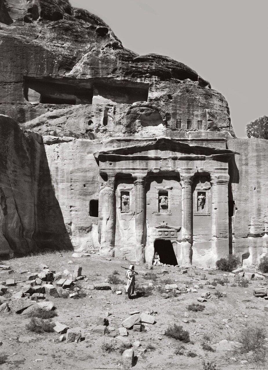 Могилы солдат. Петра, Трансиордания. 1900-1920 гг.