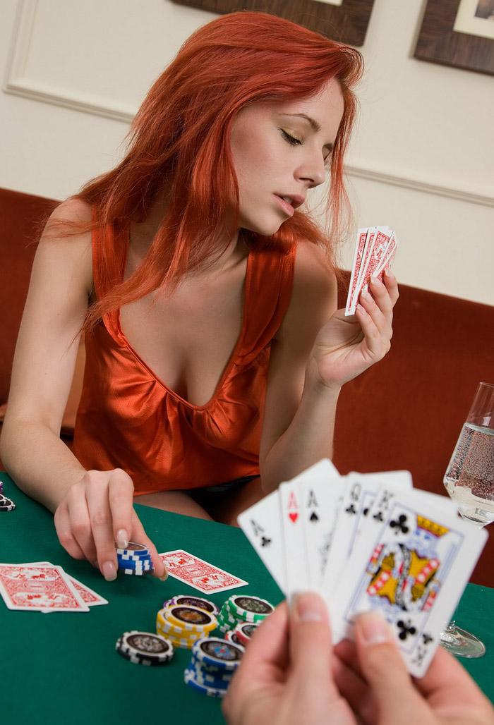 proigral-rizhuyu-v-karti-i-ona-dala-pobeditelyu-erotiki-video-video