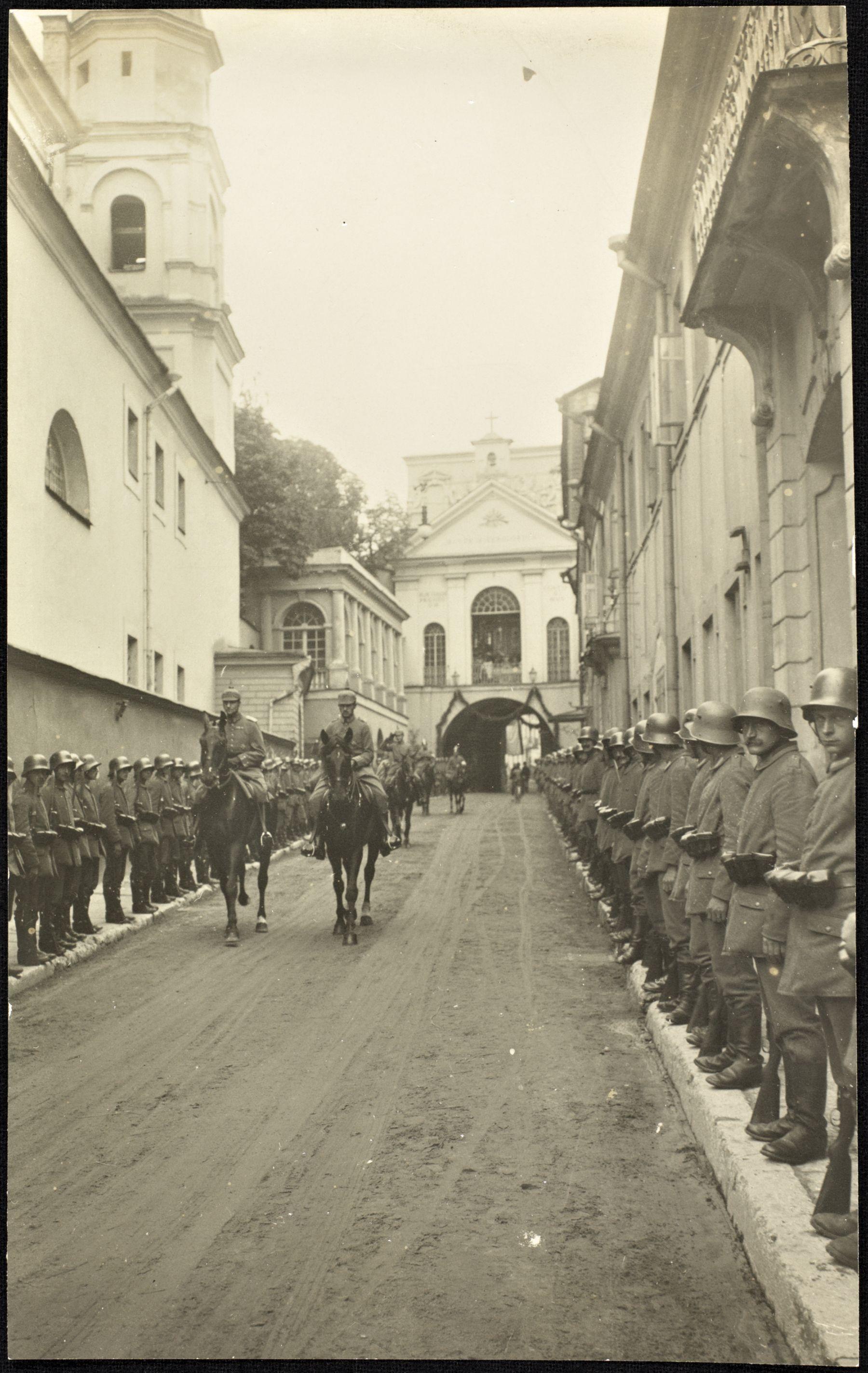 photo du Kaiser à Vilnius (Lituanie) 0_fbdad_8d5f9f7a_orig