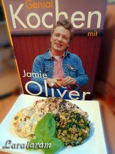 Картофельный гратен, куриное филе с овощами по рецепту Джейми Оливер