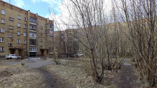 Фото города Инта №4365  Мира 43 и 41 07.05.2013_13:21