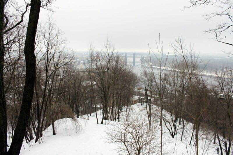 Вид с верхней террасы Владимирской горки