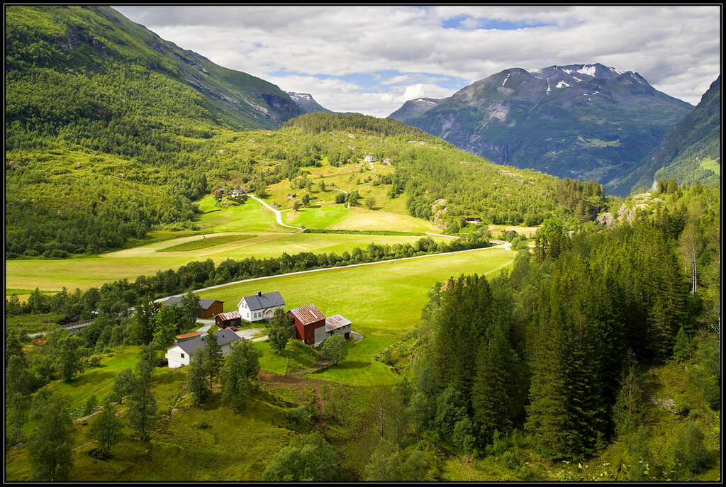 Норвегия. Уголок лета.jpg