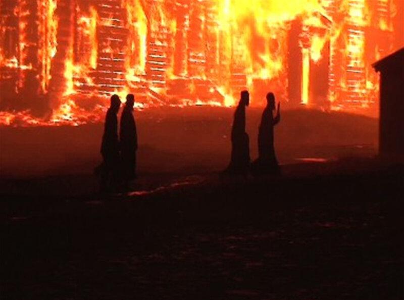 Соловки - Крестный Ход, пожар