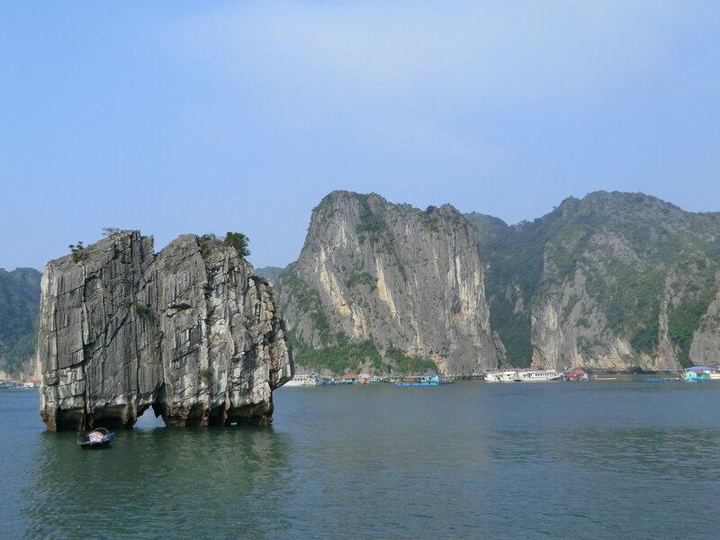 Вьетнам. Залив Халонг