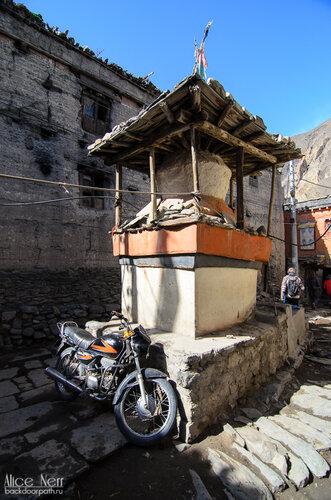 Какбени как он есть, Гималаи, Непал
