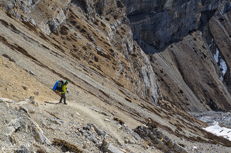 Спуск из High Camp к Торонг-Педи, горы, непал, гималаи, человек в горах