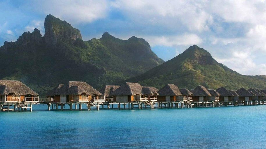 Отель Four Seasons Resort на Бора Бора