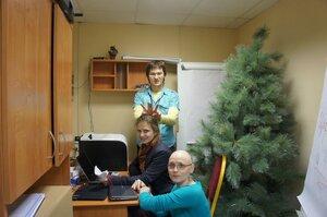 Организаторы Школы Петр Федин, Марина Борисова и Антонина Беркут (спереди)