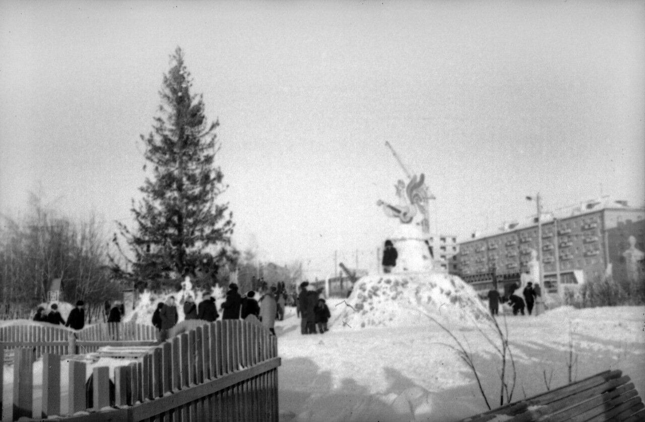 Улица Сурикова