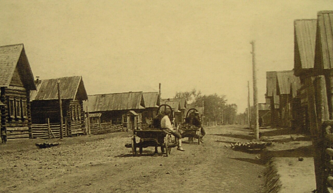 Щебёночное шоссе в селе Нылга-Жикъя.