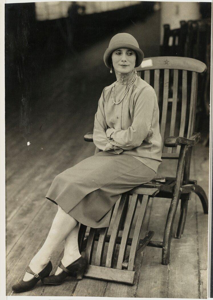 Анна Павлова на борту судна во время австралийского тура, 1929