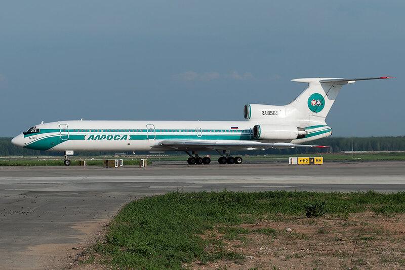 Туполев Ту-154М (RA-85654) Алроса DSC0557