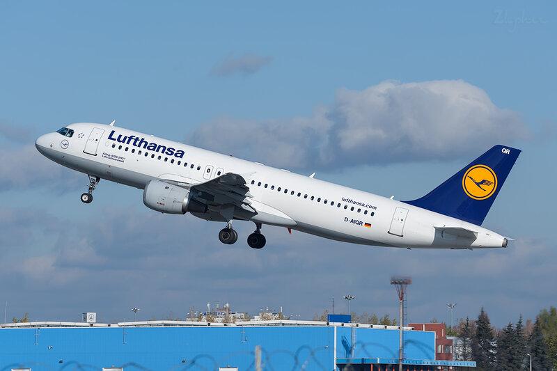 Airbus A320-211 (D-AIQR) Lufthansa DSC6947