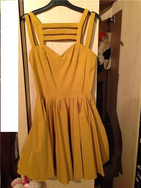 Платье с ...кой
