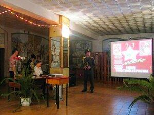 23 февраля 2013г Праздник в Рябчинском клубе.Песня о защитниках Отечества - поёт Николай Тишин.