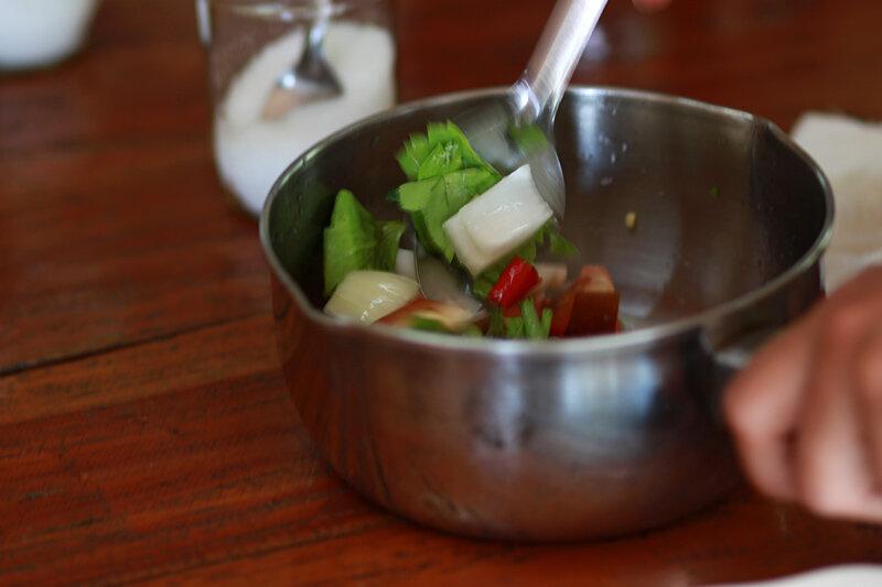 Как готовят салат с морепродуктами в Таилнаде