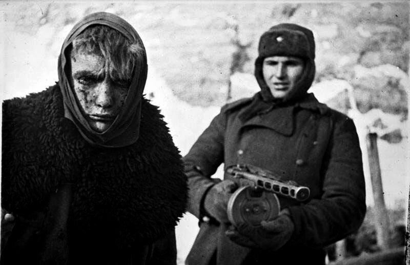 Пленный немецкий солдат. Сталинград, 1942 год.