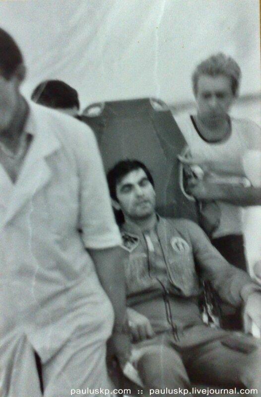 Любительские фотографии советских космонавтов после приземления 0_72154_2f5a31c3_XL