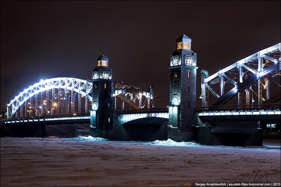 Большеохтинский мост в Санкт-Петербурге