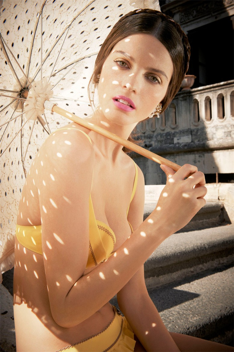 Jeisa Chiminazzo /  Джейза Чиминаццо в нижнем белье La Perla, весна-лето 2013