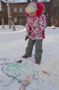 Рисуем по снегу