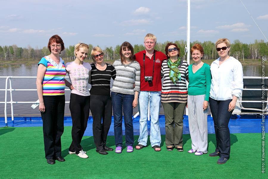 групповая фотография участников круиза теплохода «Василий Чапаев» «На Вятку!»