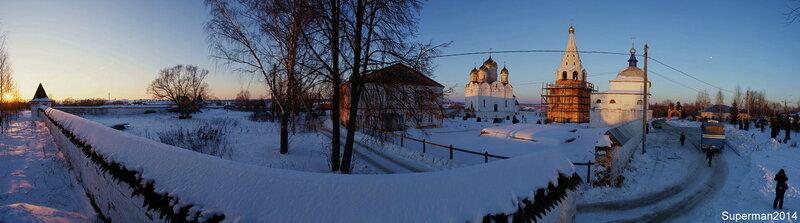 Лужецкий монастырь на закате