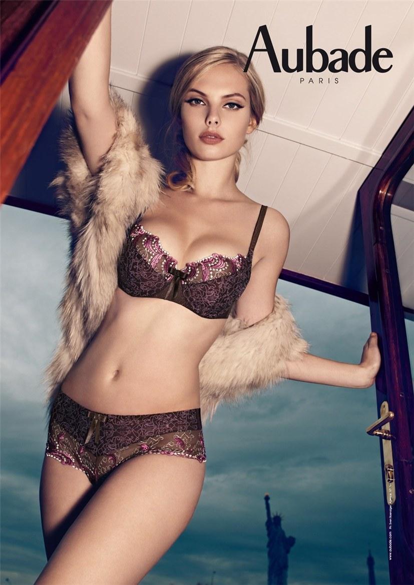 Dioni Tabbers / Диони Табберс в нижнем белье Aubade lingerie, осень-зима 2012