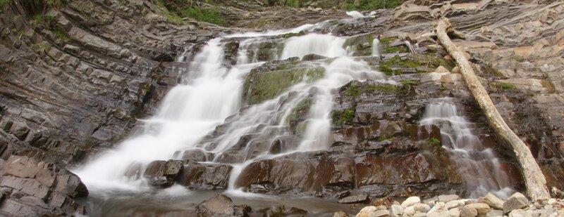 Водопад на р. Мал. Наужи