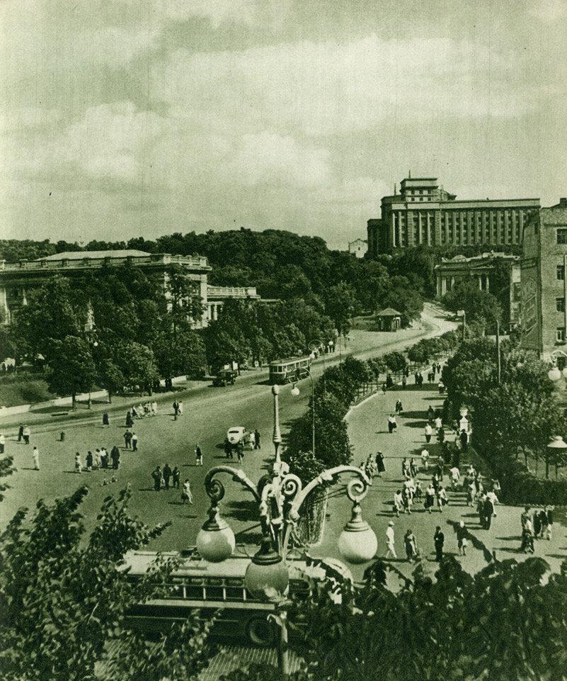 Вулиця Кірова від площі ім. Сталіна